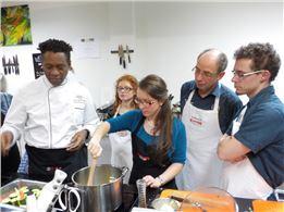 Weihnachtsfeier-Firmenfeier als Küchenparty