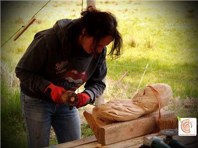8 Bildhauerkurse mit Holz K1 bei Berlin
