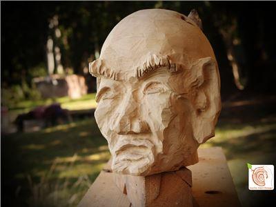11 Bildhauerkurse mit Holz K1 bei Berlin