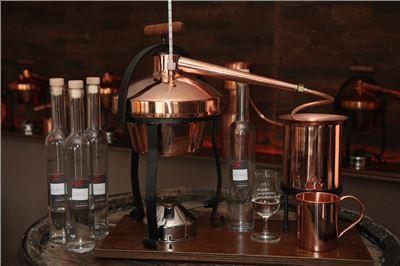 Schnaps destillieren