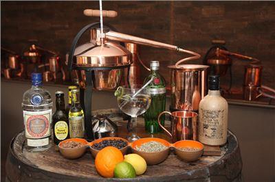 gin selbst destillieren kurzes gruppen gin seminar in vils gin seminar ingenieurbuero. Black Bedroom Furniture Sets. Home Design Ideas