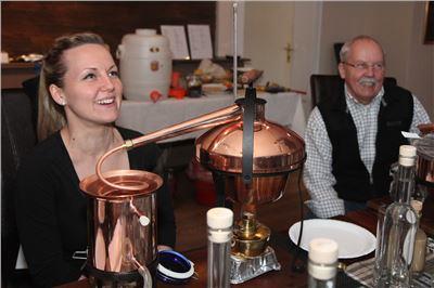 Gin selbst destillieren in Vils