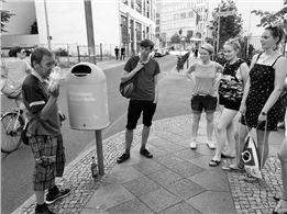 Zwei Flaschen sind ein Brötchen - Stadtrundgang durch Berlin-Mitte