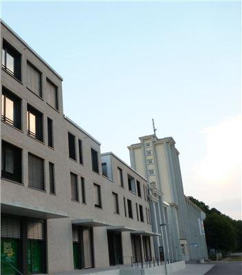 Alte und neue Bausubstanz - wie in allen Quartieren!